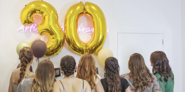 Celebra tu cumpleaños con una Beauty Party en Paloma Barba Academy